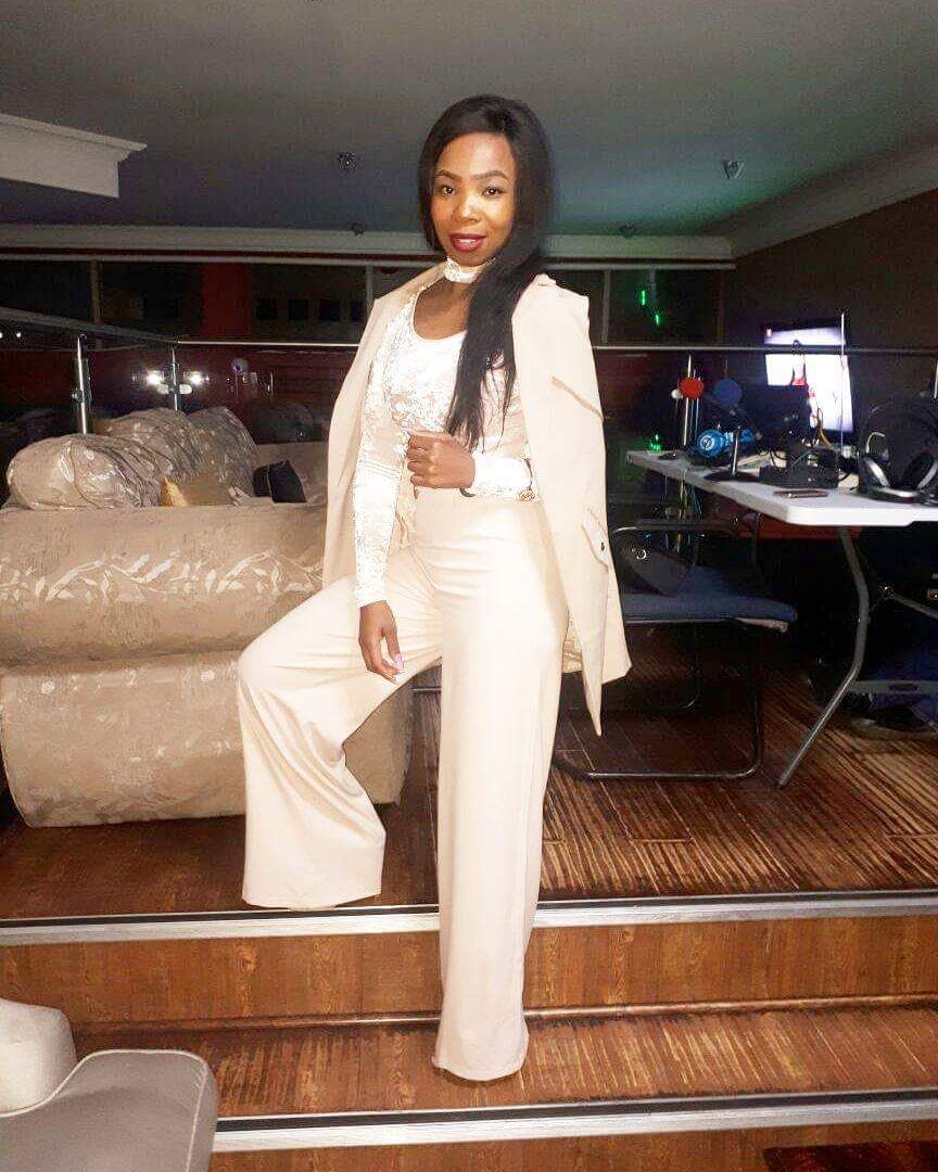 Slay Queen Of Kimberley Natasha Mosole furthermore Beckham furthermore Sobdisappear as well Fd A C Aea A Cab A W H further Nes Cartridge. on drugs can be good and bad